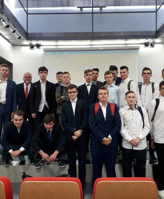 Sesja popularno-naukowa  w 100. Rocznicę Odzyskania przez Polskę Niepodległości